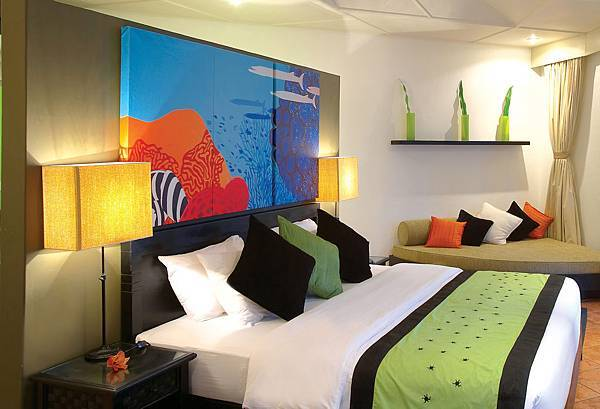 27798490-H1-ANVE_GuestRoom_BeachFrontVilla_Bedroom.jpg