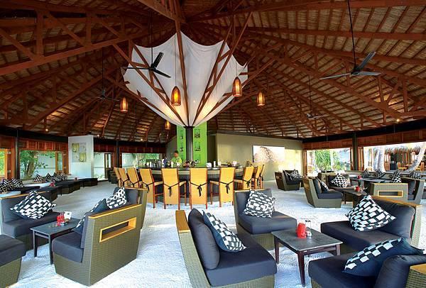 27798635-H1-ANVE_Restaurant_Angsana 40.jpg