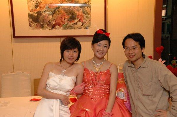可愛的伴娘、漂亮的新娘,與辛苦的攝影師其松