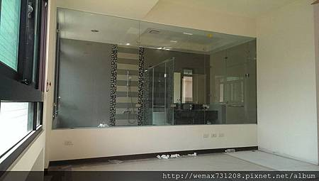 8mm清強玻L型淋浴隔間+無框一字型淋浴門3