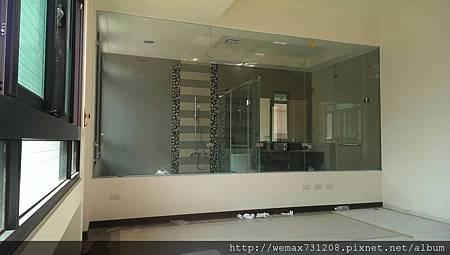 8mm清強玻L型淋浴隔間+無框一字型淋浴門6
