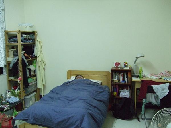 收納櫃 床 兩層櫃 書桌.JPG