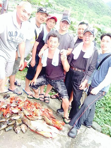 全省霸味薑母鴨各店老闆及總經理(華哥)體驗釣魚樂