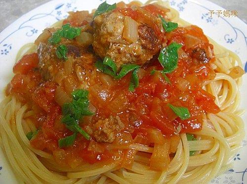 蕃茄肉丸義大利麵1