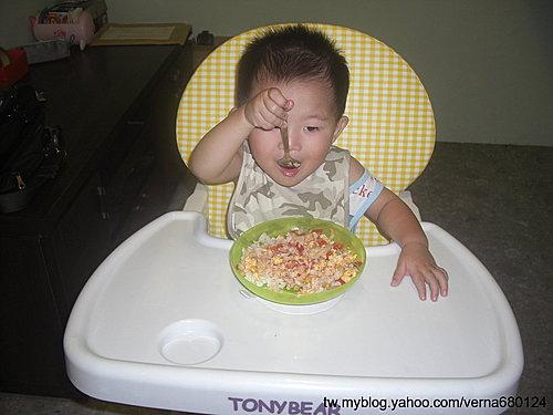 鮪魚玉米+蕃茄蛋+筍籤02
