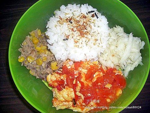 鮪魚玉米+蕃茄蛋+筍籤01