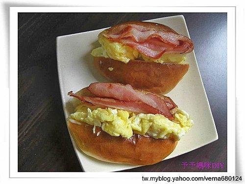 培根蛋麵包1