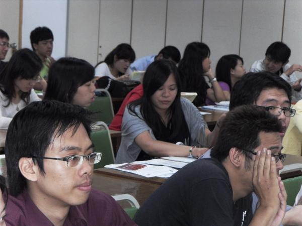 扶青團6月份團秘會20090608_08.JPG