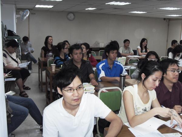 扶青團6月份團秘會20090608_11.JPG