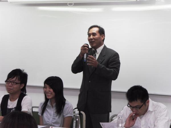扶青團6月份團秘會20090608_16.JPG