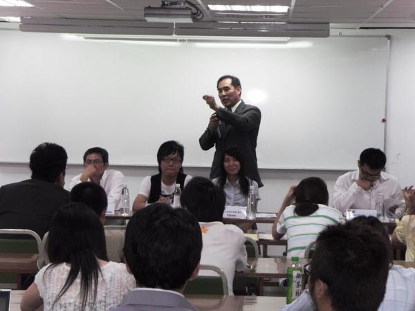 扶青團6月份團秘會20090608_26.JPG