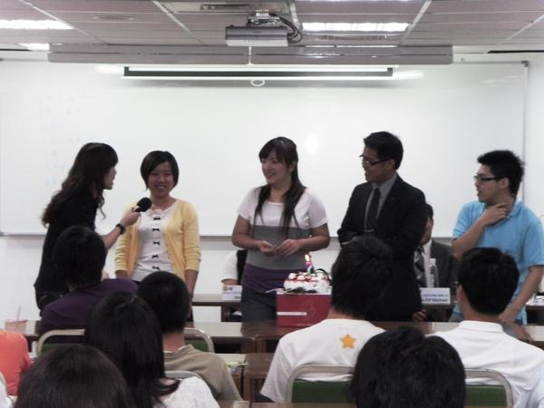 扶青團6月份團秘會20090608_41.JPG
