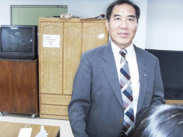 扶青團6月份團秘會20090608_53.JPG