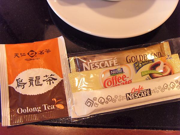 房間裏的咖啡茶包.JPG
