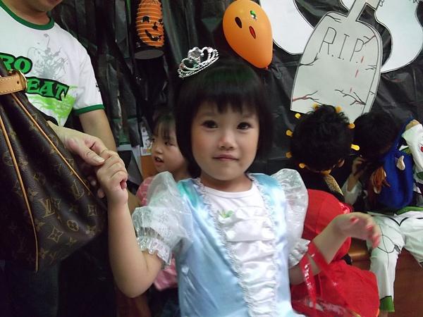 1Y6M26D 可愛的公主.JPG