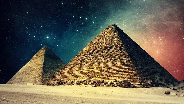 ws_Digital_Egypt_Pyramids_1366x768.jpg
