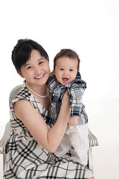 Ethan Chen 6-month-02.jpg
