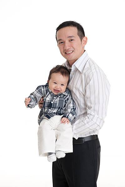 Ethan Chen 6-month-04.jpg