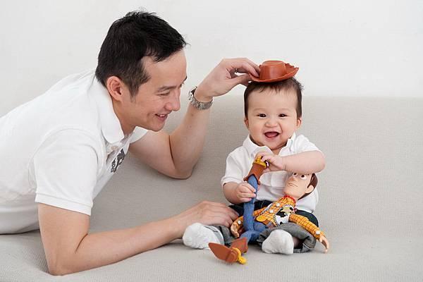 Ethan Chen 6-month-09.jpg