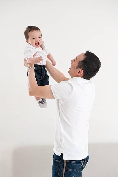 Ethan Chen 6-month-10.jpg
