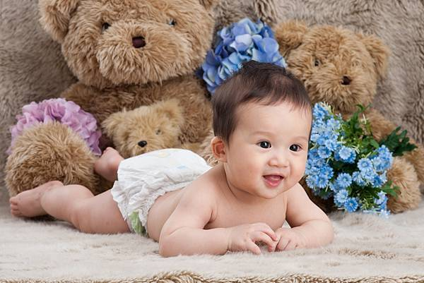 Ethan Chen 6-month-17.jpg