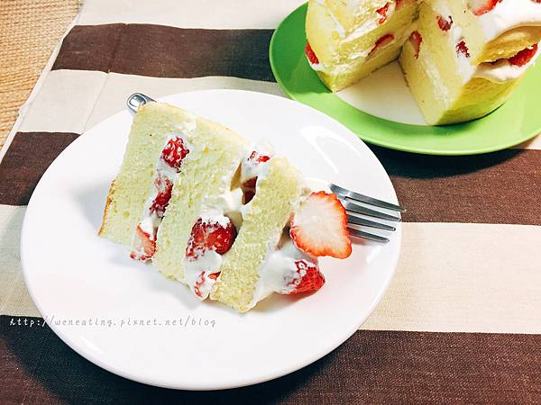 電子鍋草莓蛋糕03.JPG