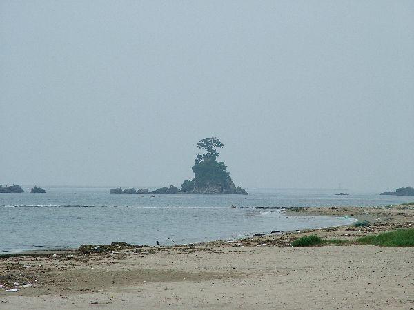 040623-029雨晴海岸