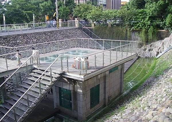 新店100-2.JPG