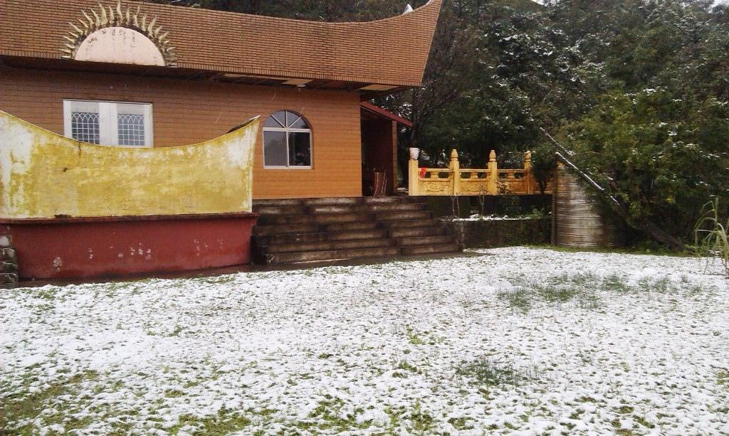 光明寺-雪2.jpg