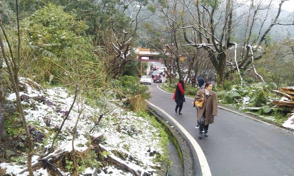 光明寺-雪3.jpg
