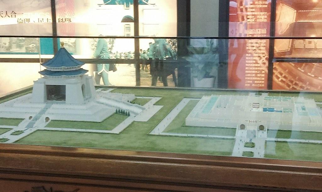 建築模型-1.jpg