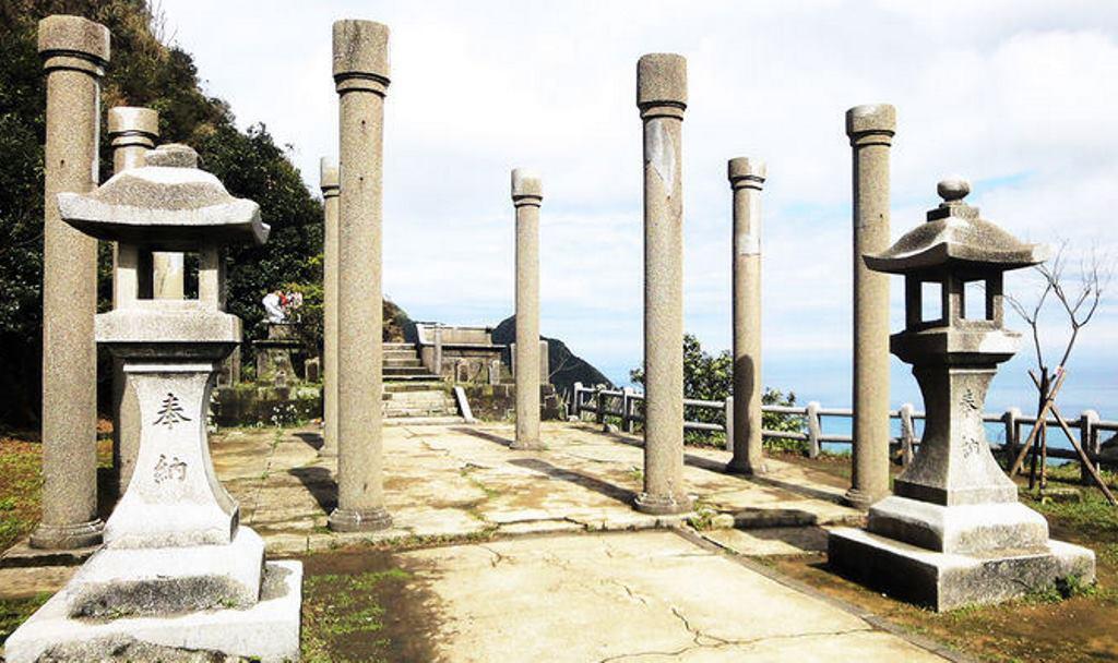 金瓜石神社4-拜殿.jpg