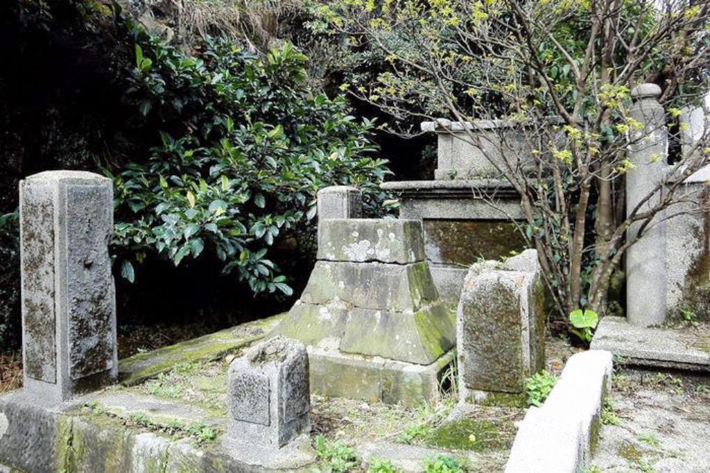 金瓜石神社6-社號碑.jpg