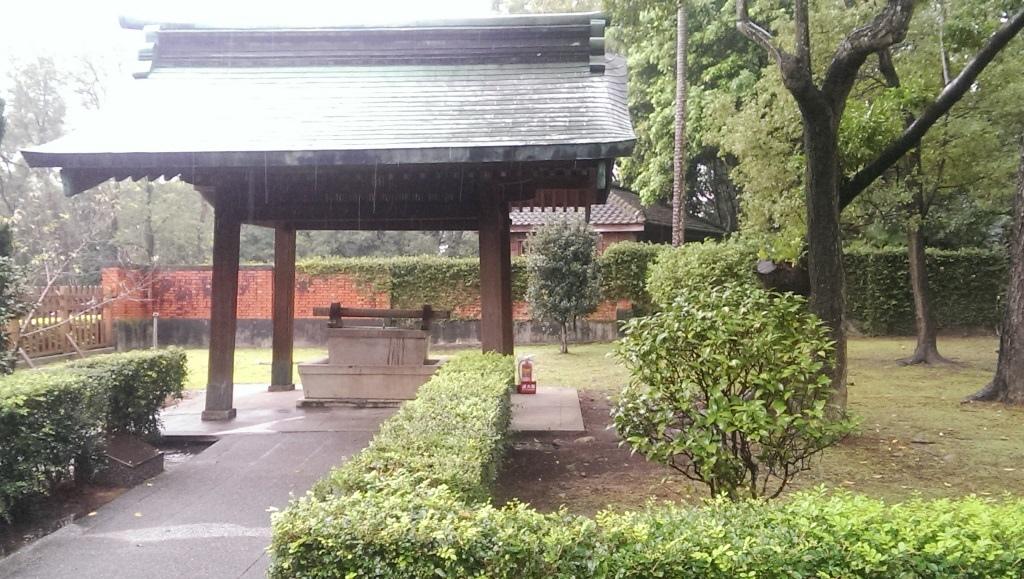 桃園神社-手水舍.jpg