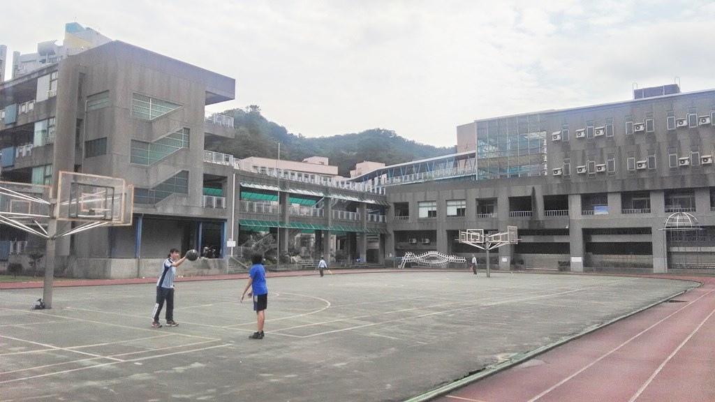 成功國小-校舍.jpg