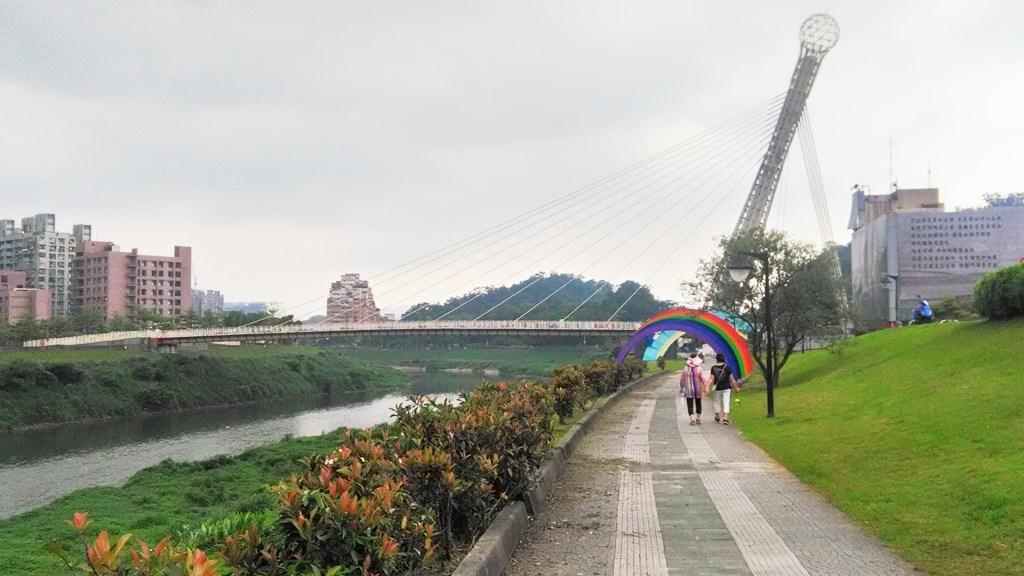 汐止游-右岸步道.jpg