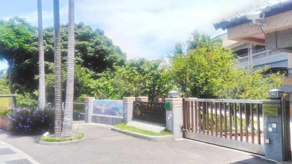 中泰國小-校門裝飾.jpg