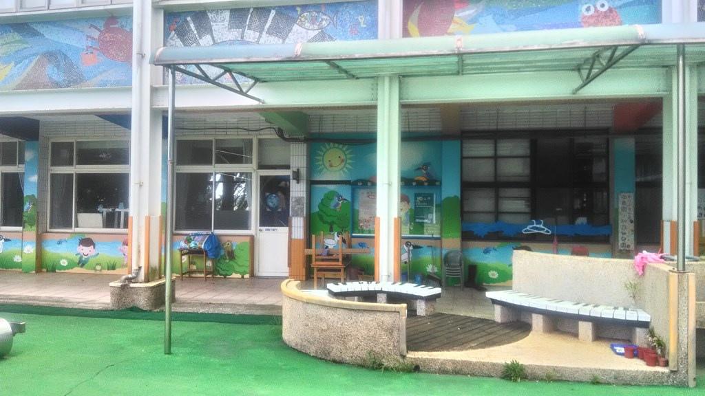 中泰國小-教室佈置及鋼琴鍵椅.jpg