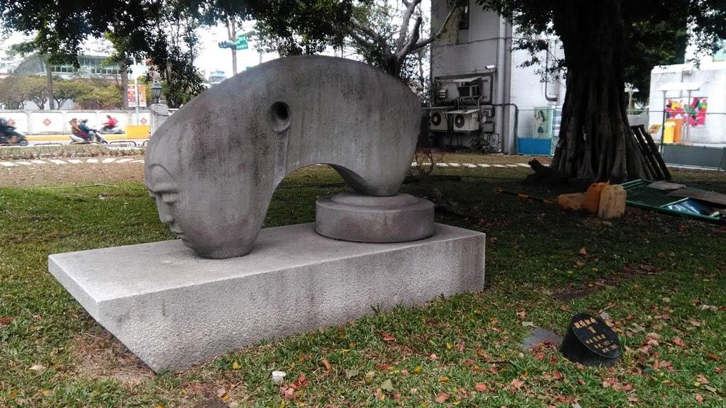臺藝大-親情組曲育2005.jpg