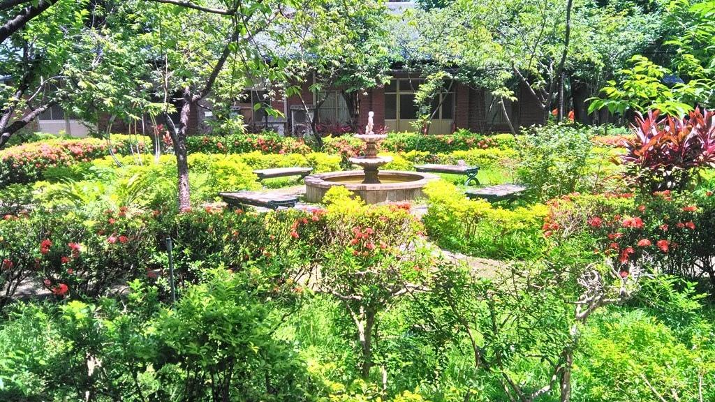 大同大學-花園尿童噴水池.jpg