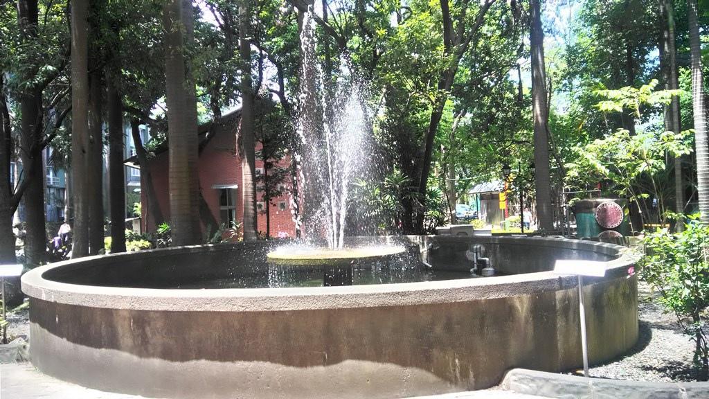 大同大學-校園噴水池.jpg