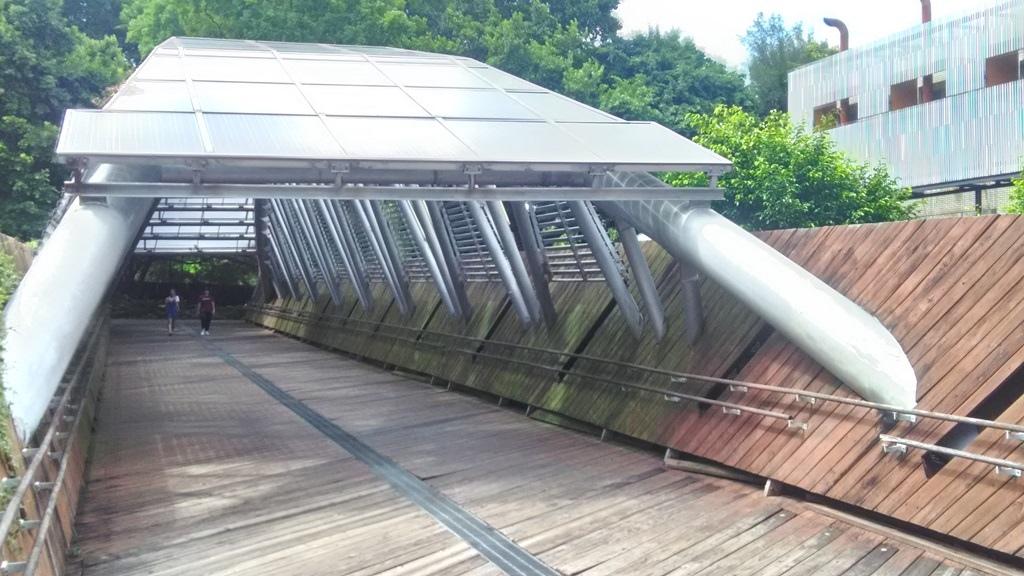 花博公園美術館區-太陽橋1.jpg