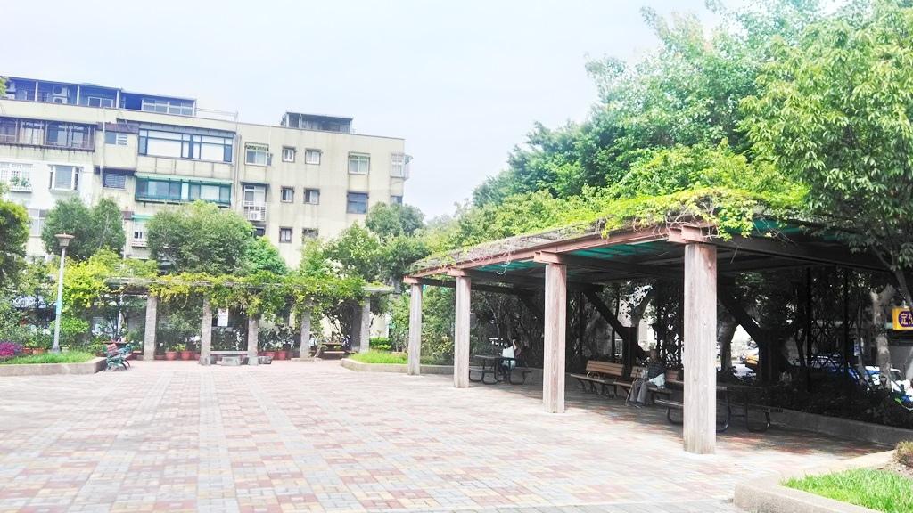 新中公園-3.jpg