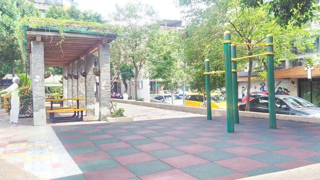 新中公園-4.jpg