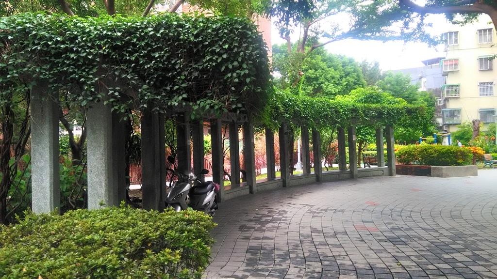 吉利公園-2.jpg