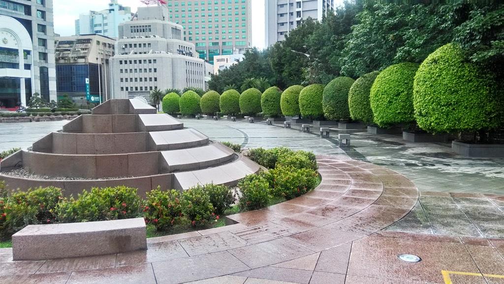 臺北中山堂-紀念碑4.jpg