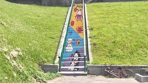 彩繪階梯-塗鴉1.jpg