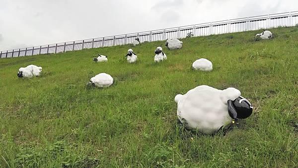 雕塑-羊群.jpg