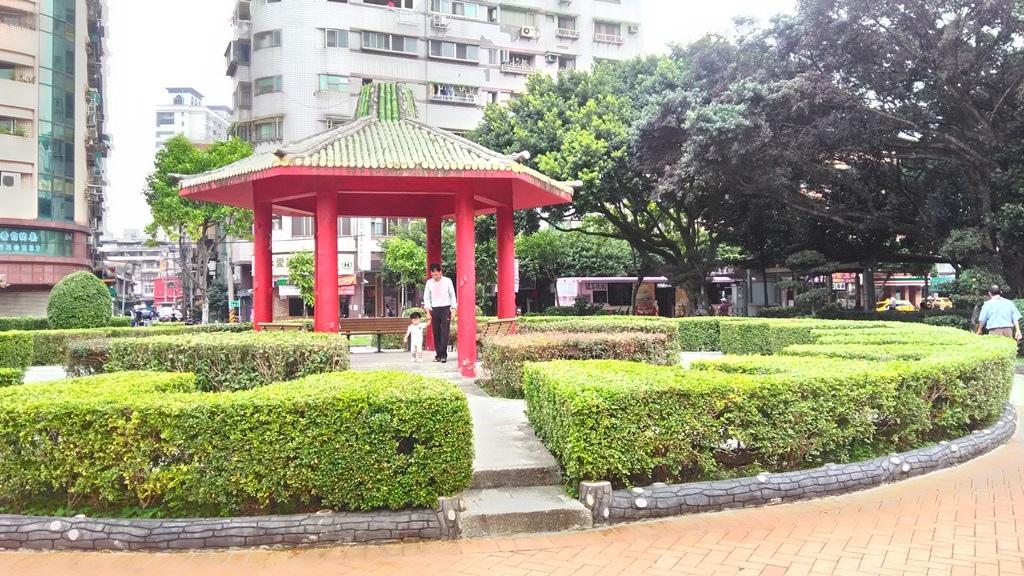 永和仁愛公園-古典花園涼亭.jpg