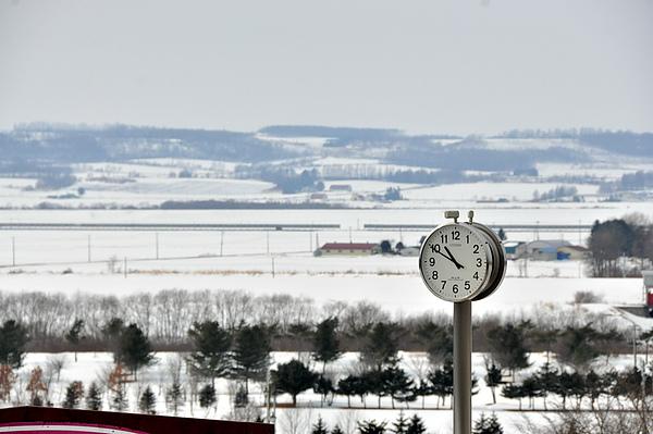 葡萄酒城外一景,當時眼中只有雪景。